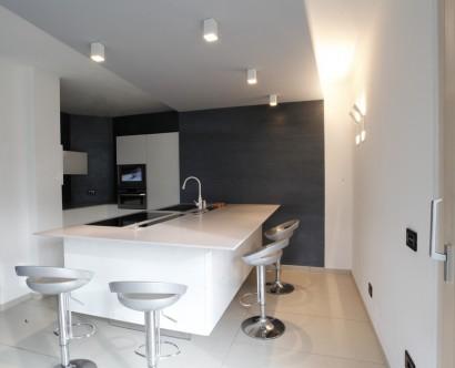 Forum illuminazione cucina con isola for Lampadari x cucina moderna